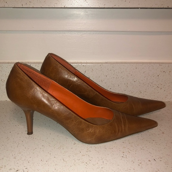 Steve Madden Shoes - Steve Madden- pointy toe pumps in cognac